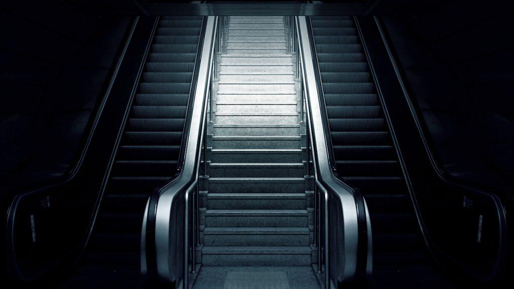 Quels sont les avantages des montes-escaliers ?